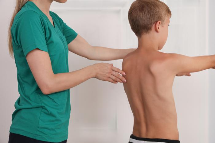 Chiropractor kinderen houten